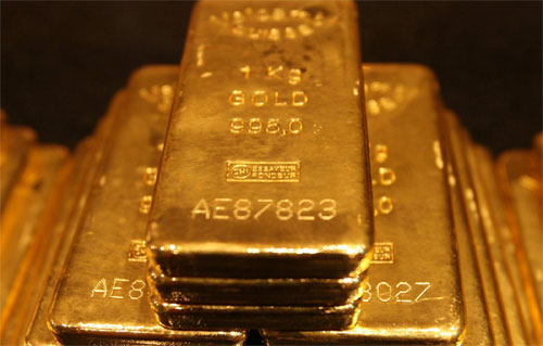 "Global Monetary Elites Scream, ""Buy Gold"""