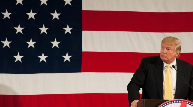 Donald Trump, Fascist