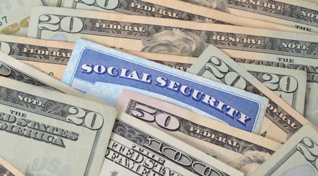 Social Security Defaults Again on Its Promises: No COLA for 2016