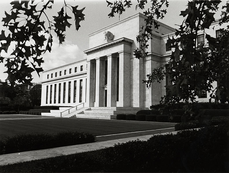https://dweaay7e22a7h.cloudfront.net/wp-content_3/uploads/2016/02/US_Federal_Reserve_Eccles_Building_1937.jpg