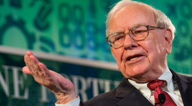 Destroying the Myth of Warren Buffett