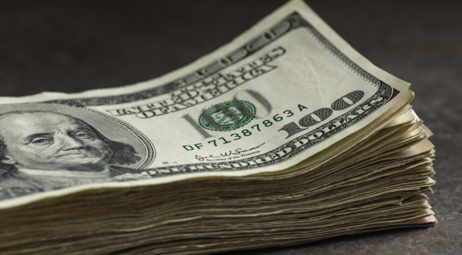 Dollar Still Holds the Conn Over the Currencies