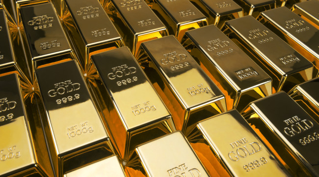 "Banks Break the ""Bond Barrier"" — Here's What It Means For Gold"