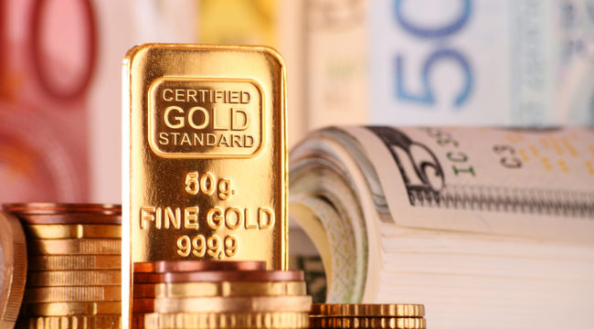 Here's Why You Should Never Buy and Hold Gold