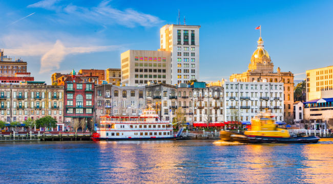 8 Unforgettable Fall Travel Destinations for Retirees