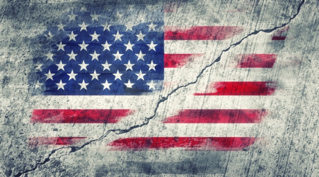 Cultural Marxism and TraCultural Marxism and Traditionalism Battle for Americaditionalism Battle for America